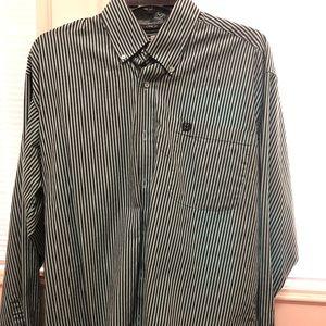 Cinch collard shirt